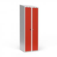 Dobbeltskab/parskab 300+300 mm Skråt tag 2-søjlet Parvis lås Rød dør Cylinderlås